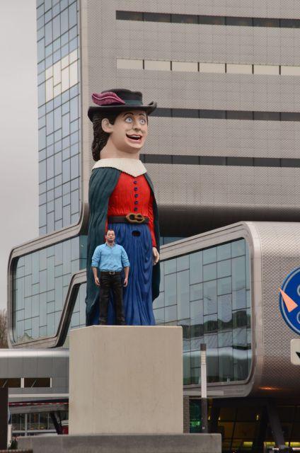 Statues devant le RAI - Amsterdam