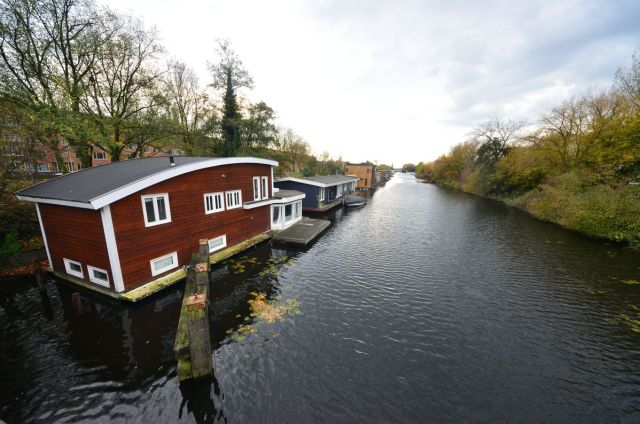 Habitations à l'entrée de Rotterdam