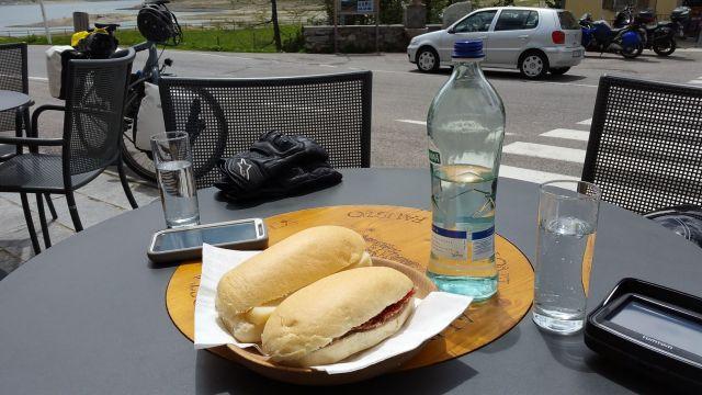 Pause déjeuner à Montespluga
