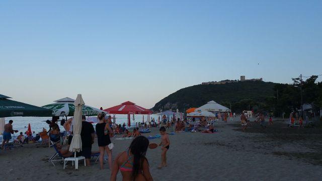 La plage attenante au camping - Grèce