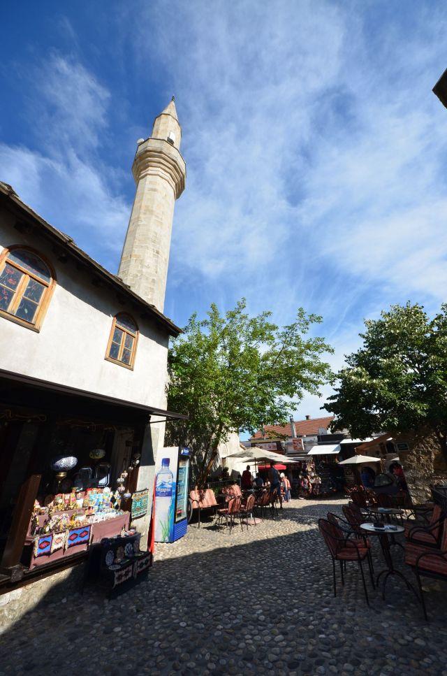 Ruelle dans la vieille ville de Mostar - Bosnie-Herzégovine