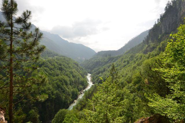 En route pour le Kosovo en longeant la Tara