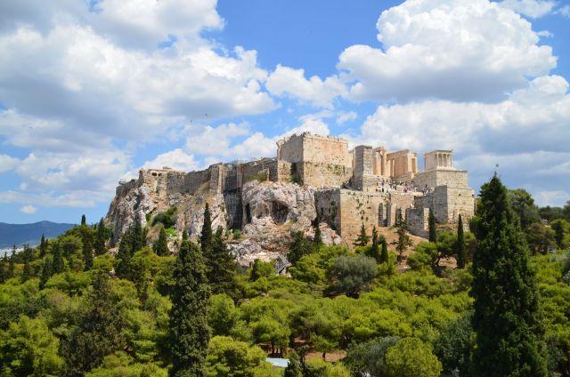 Vue sur l'Acropole depuis la colline d'Arès - Athènes