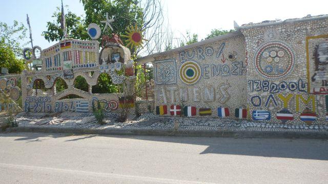 Un mur fait de coquillages - Grèce