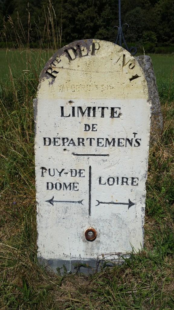Frontière entre le Puy-de-Dôme et la Loire