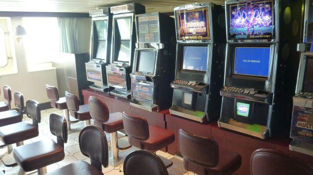 Mini casino à bord du ferry