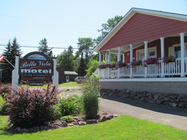 Isle Royale National Park: Bella Vista Motel in Copper Harbor, MI
