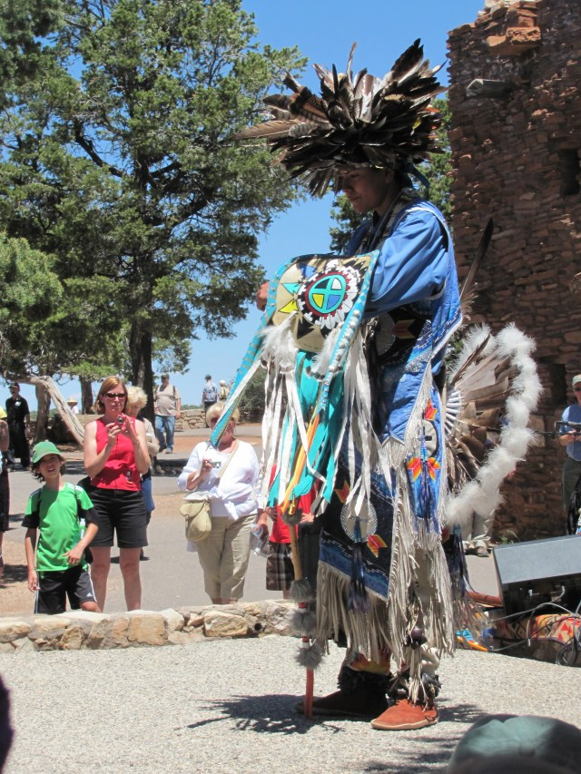 Grand Canyon Rim to Rim with kids: Native American Performers at Hopi House