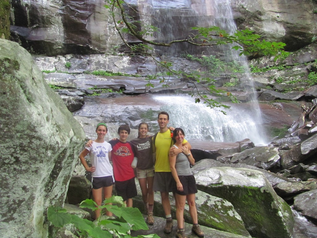Hike to Rainbow Falls: Planning a Successful Multi-Generational Vacation Family Reunion