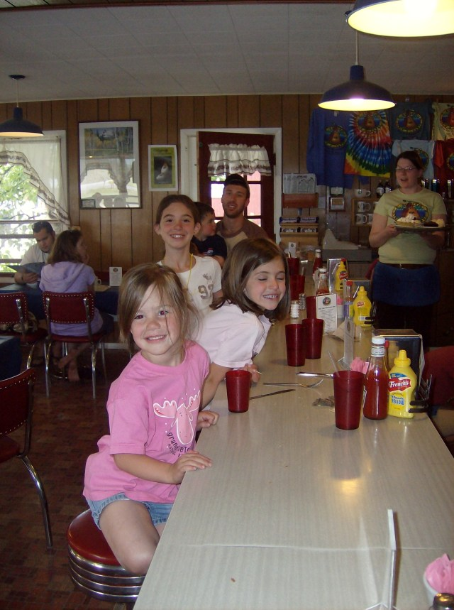 Park Cafe in Saint Mary: Family Friendly Activities in Glacier National Park