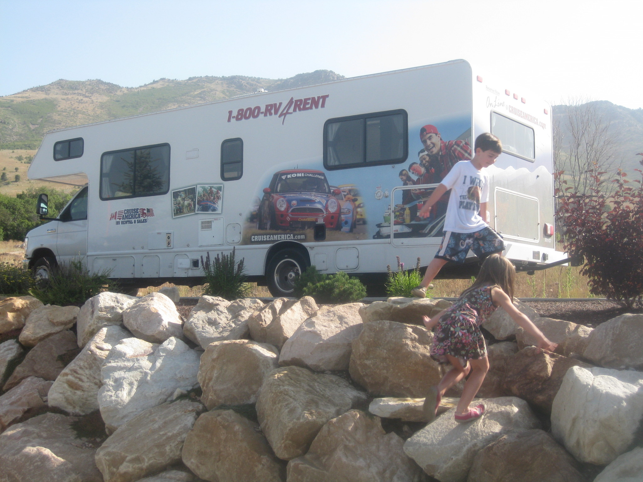 584ab10c4c 5. It is great to have a full kitchen (even a Fridge!) to cook meals.  Renting a RV with Cruise America