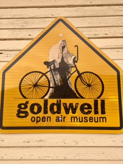 Goldwell sign