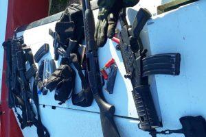 TIROTEIO:  Prisão de sete policiais e apreensão de avião com 400 quilos de cocaína na fronteira