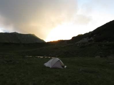Camping at Lacul Cailor