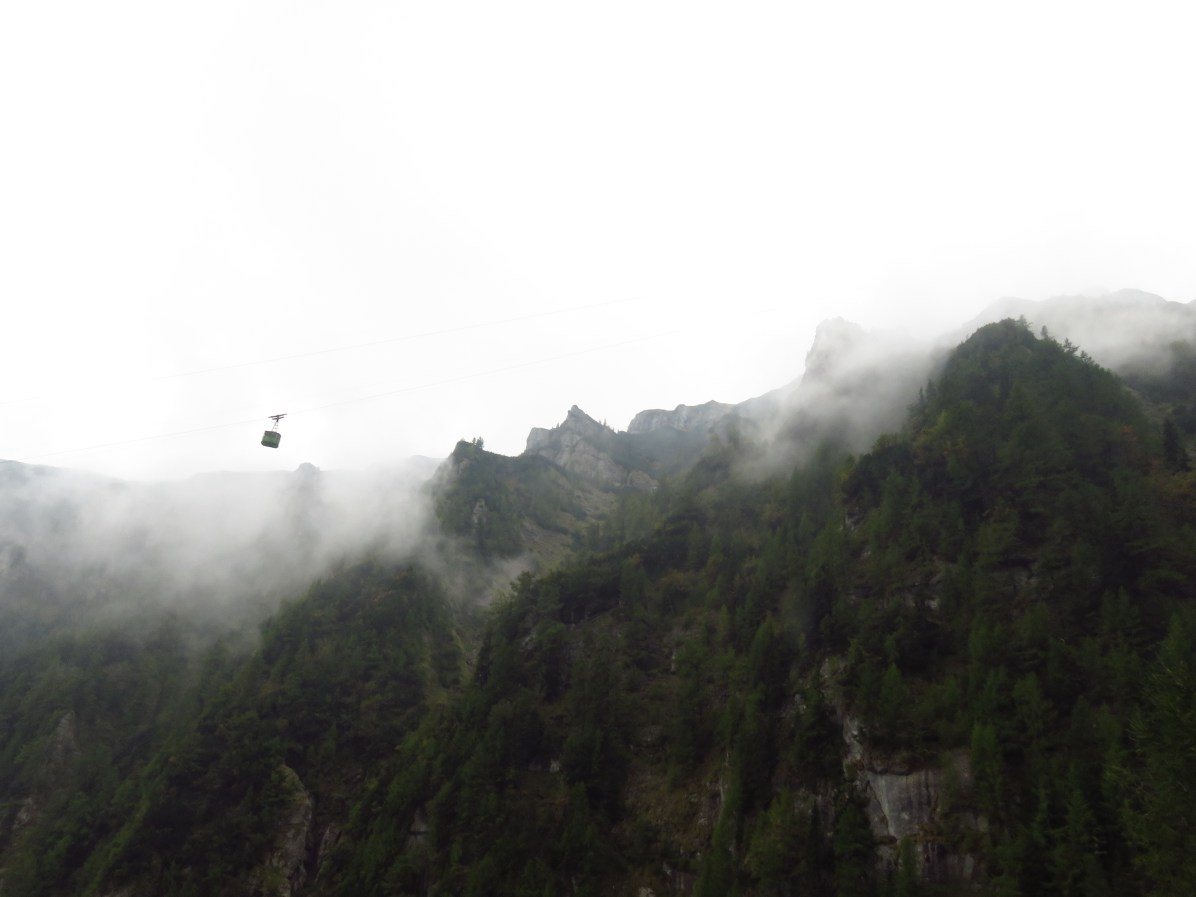 The cable car from Busteni soaring high above the Jepii Mici Valley
