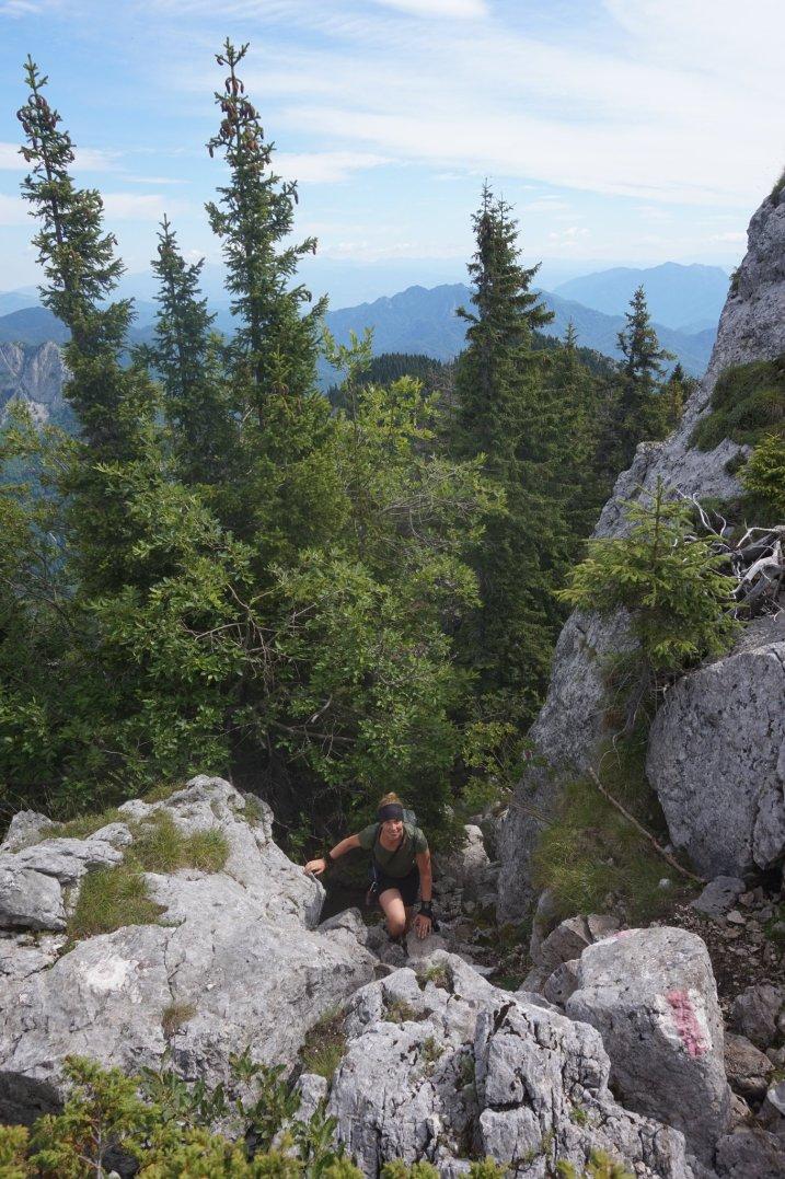 Clambering to the ridge. Photo credits: Catalina Andrei