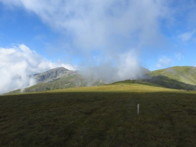 Clouds clearing above Rosu and Iezer Peaks