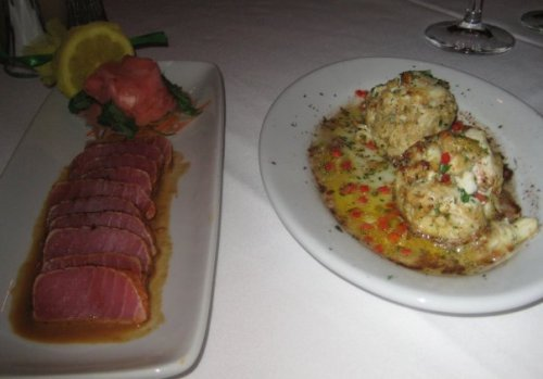 Ruth\'s Chris Ahi Tuna and Crab Cakes