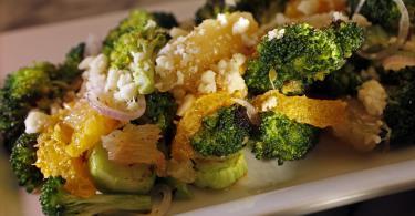 Charred-Broccoli-Salad-Recipe