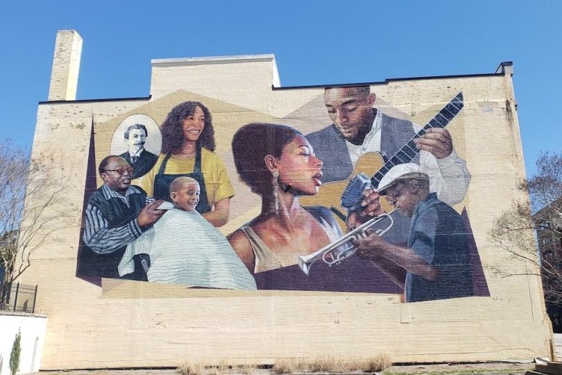 mural-artwork-athens-georiga-roamilicious