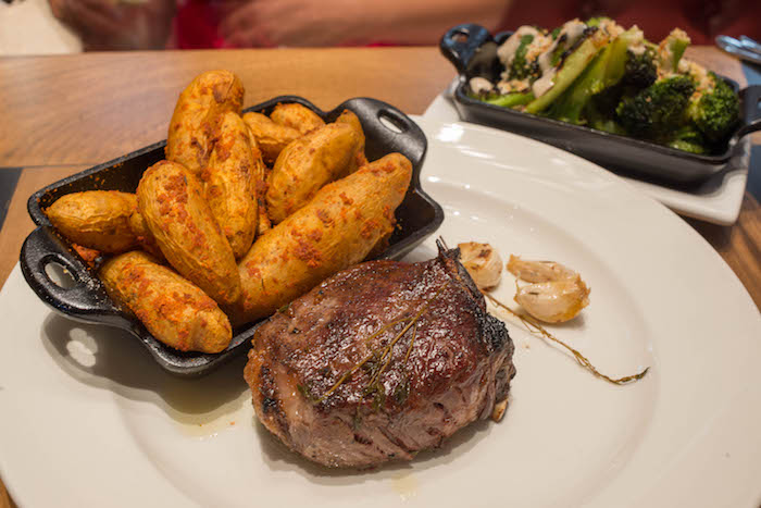 little alley steak house review