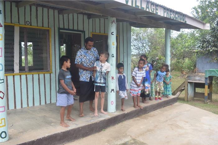 village-tour-fiji-culture-travel-roamilicious