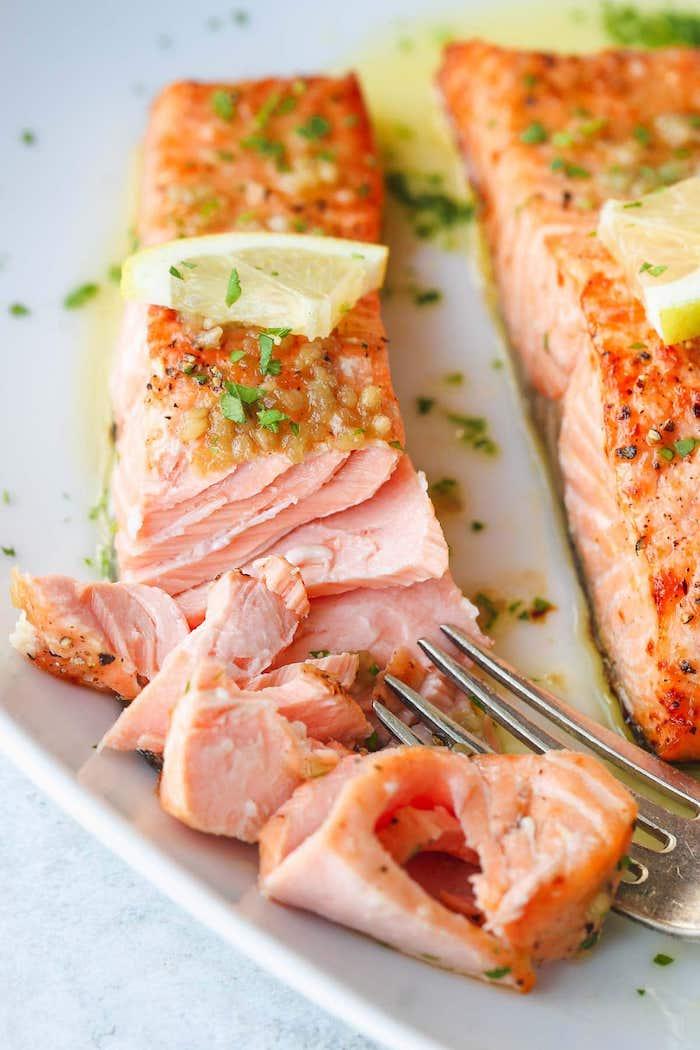 Air-fryer-salmon-roamilicious