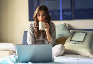 work-from-home-tips-productivity-roamilicious