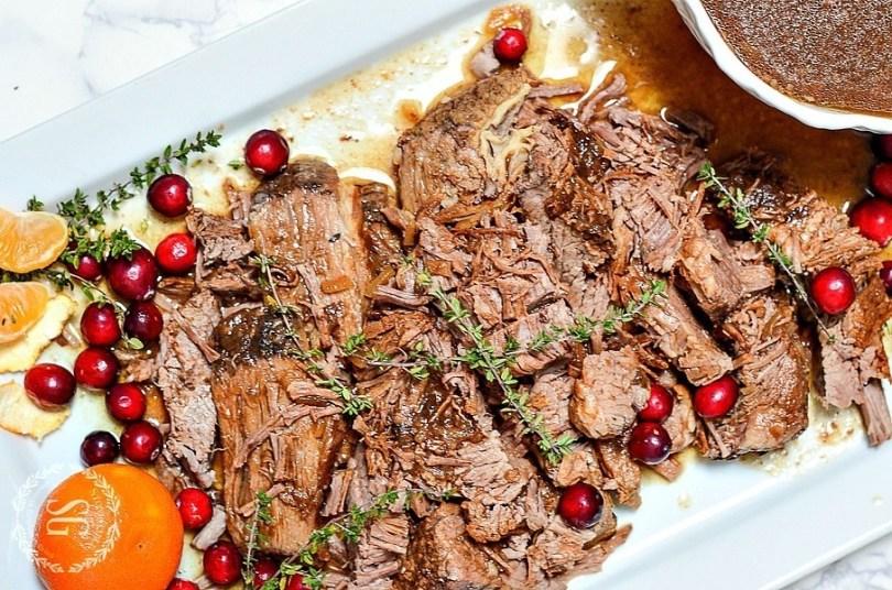 HOLIDAY-BEEF-BRISKET-recipe-roamilicious
