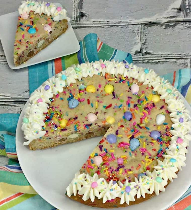 Easter-Cookie-Cake-best-roamilicious
