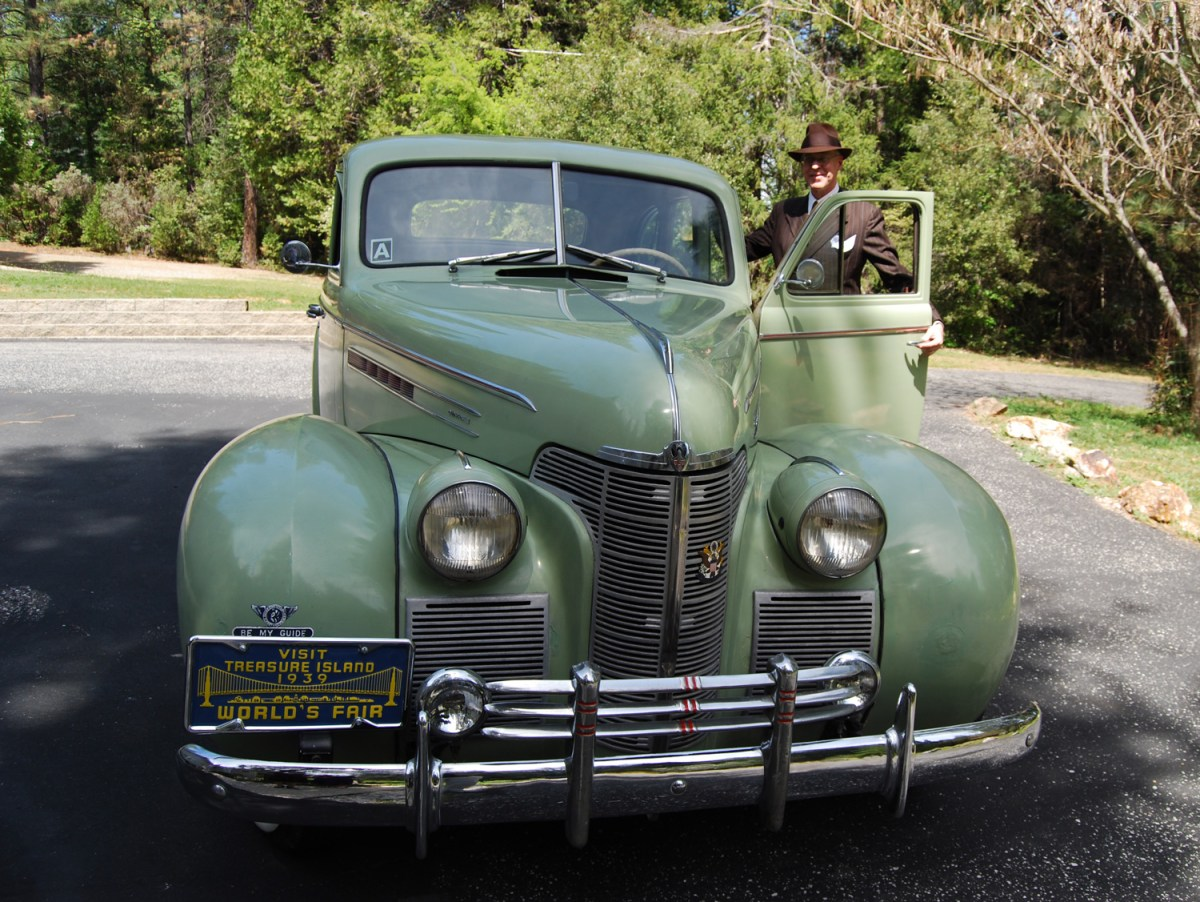 1939 Oldsmobile G 70 sedan - Wally O.