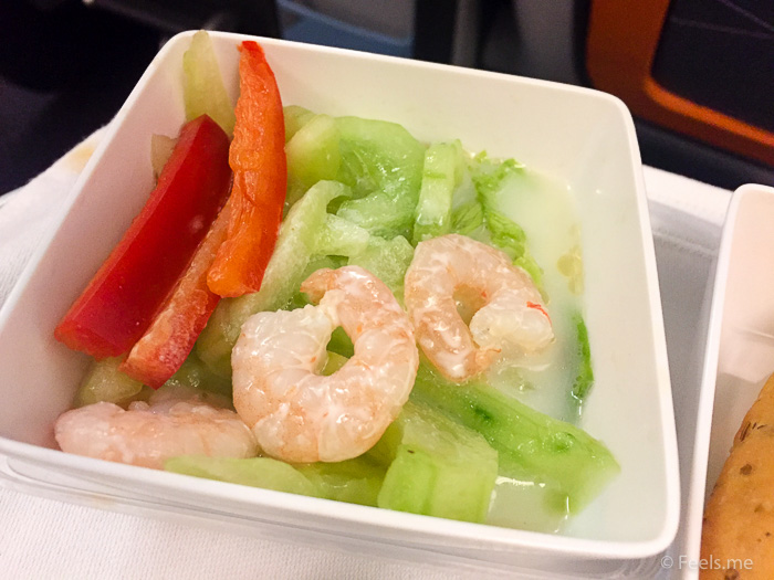 Singapore Airlines PVG SIN Premium Economy Shrimp and cucumber salad
