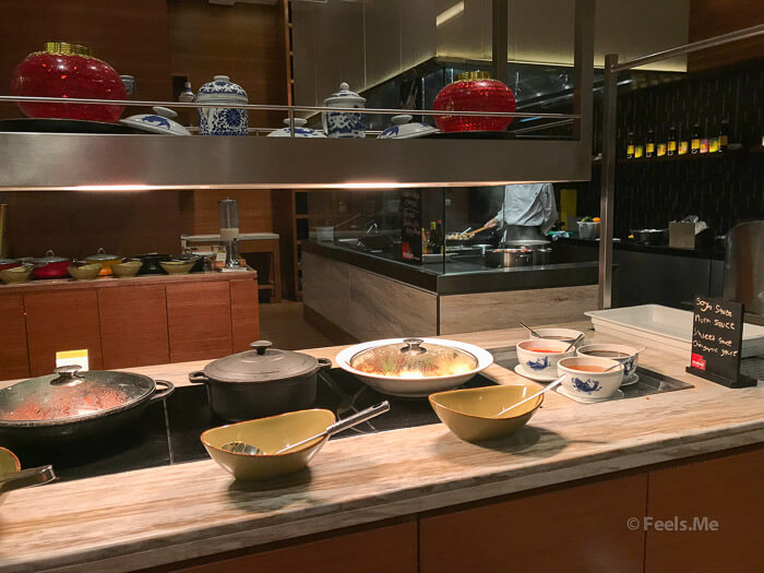 DoubleTree JB Makan Kitchen Buffet Breakfast Chinese Corner