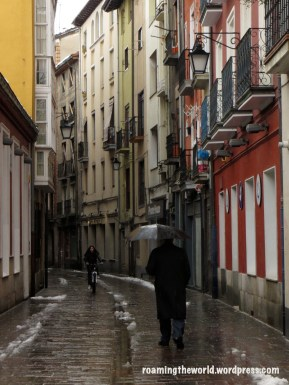 Walking from Old Town, Aka as the Almendra