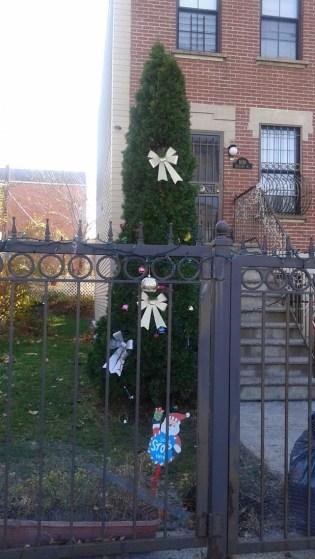 Christmas gate Brooklyn