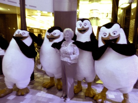 Mom and penguins