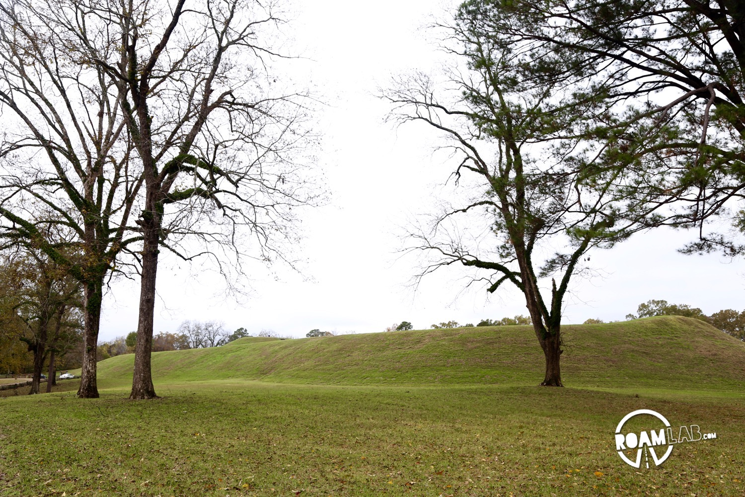 Many mounds dot the Natchez Trace, constructed by ancient stone age tribes. But none compare the the sheer size of the Emerald Mound.