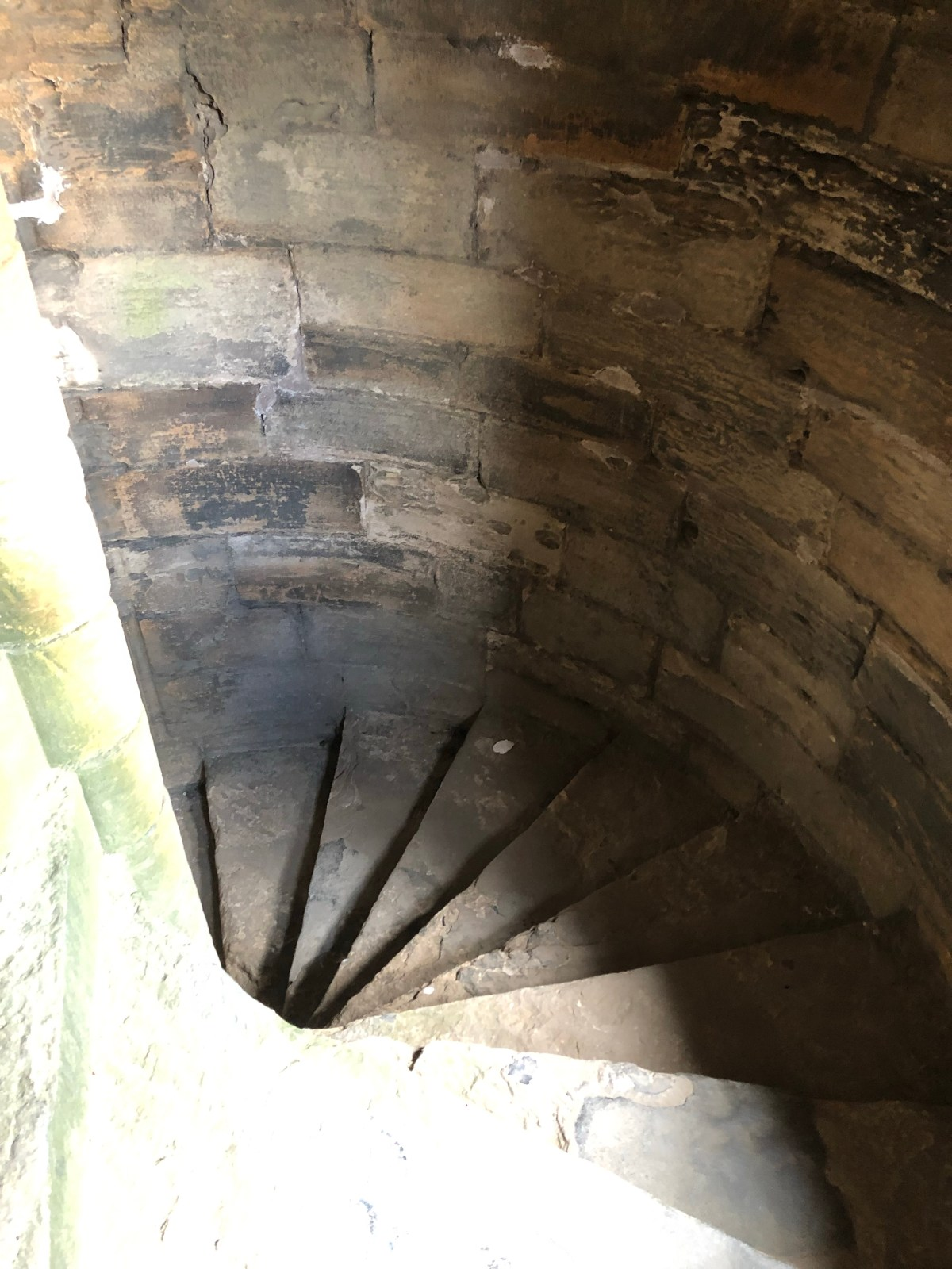 stairway at linlithgow palace