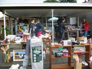 web-garagesale1