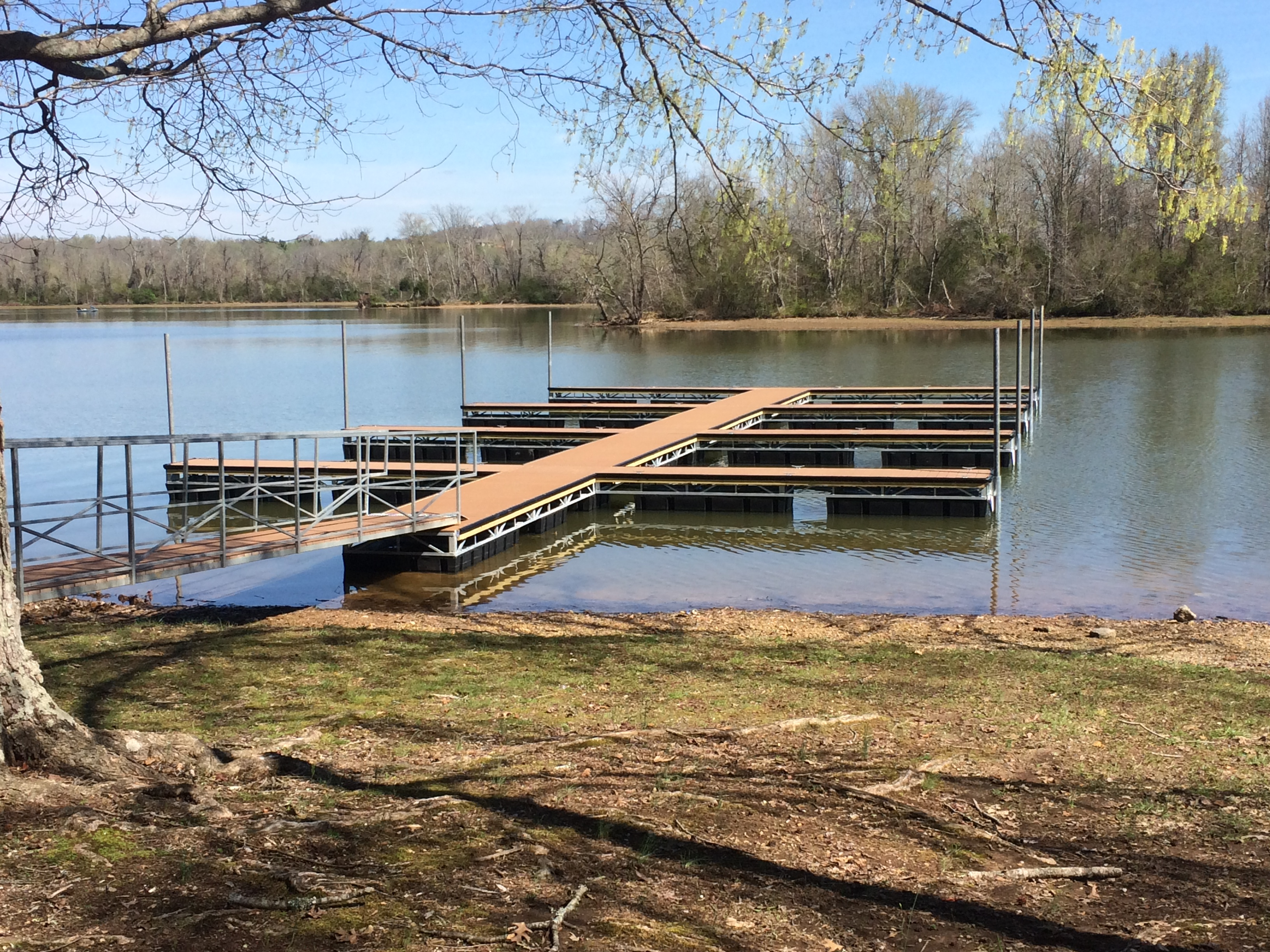 Roane County Parks - Riley Creek Boat Docks