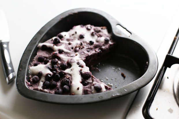 raw-blueberry-and-choc-tart3