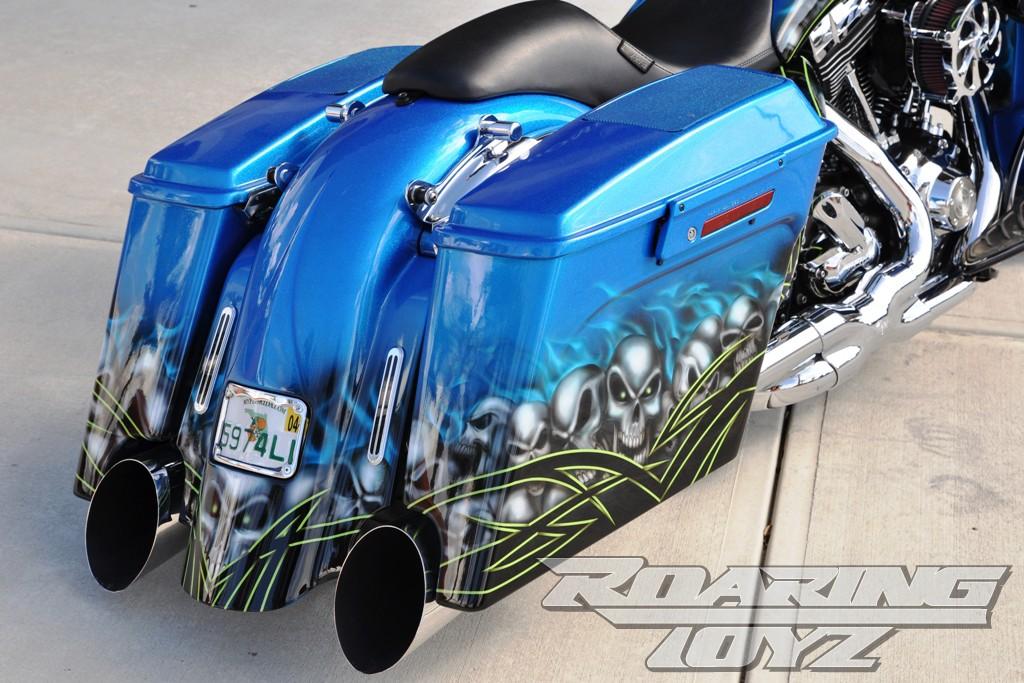 custom speaker saddlebag lids exhaust