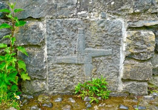 stone st b cross