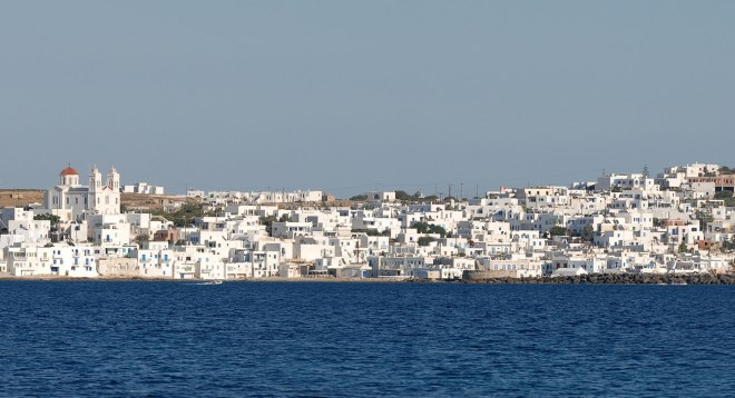 View of Naoussa, Paros from the water. Original image by ArnoWinter available here: https://commons.wikimedia.org/wiki/File:Panorama_Naoussa_Paros.jpg