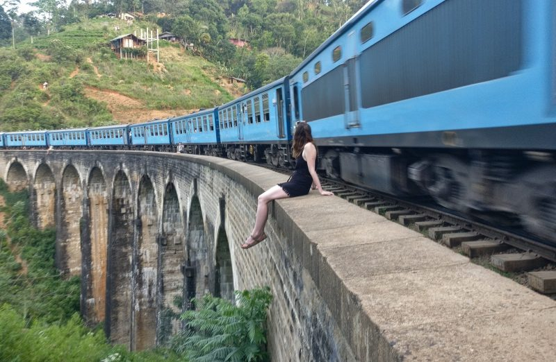 Nine Arch Bridge, Cooking and terrifying night