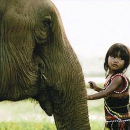 Girl with Elephant_20190219_090940