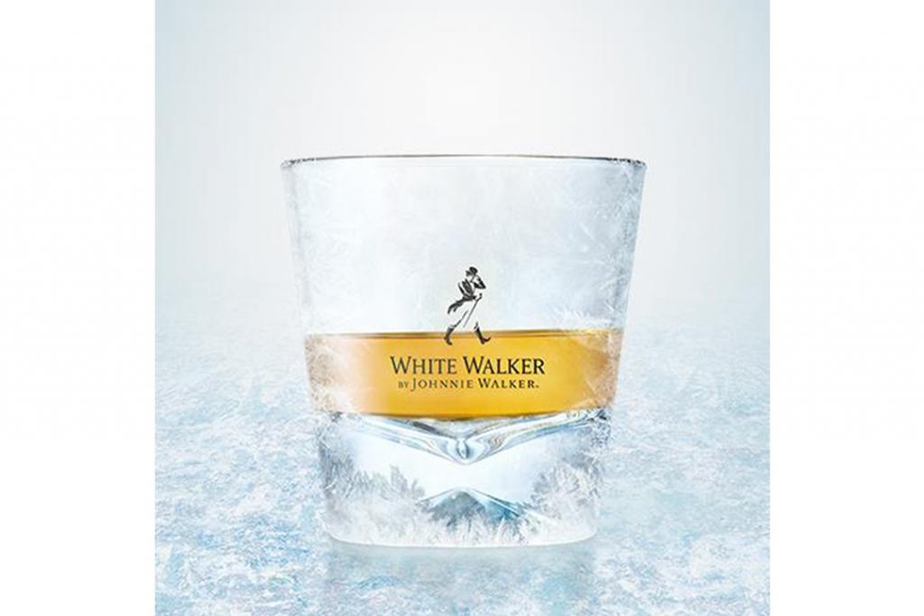 09471 dragonglass jw neatserve 1024x683 - Los drinks perfectos para celebrar la temporada final de Game of Thrones