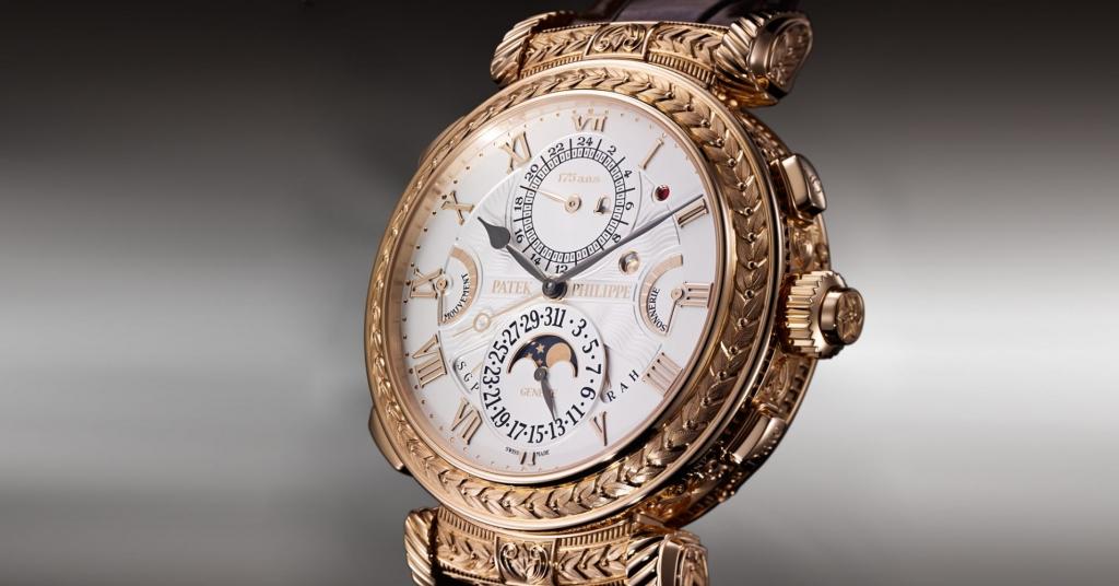 102085508 Untitled 1.1910x1000 1024x536 - Te presentamos algunos relojes perfectos para heredar por generaciones