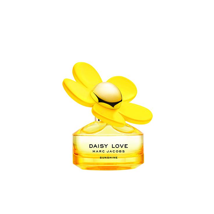 3614227690707 MJ DSY LOV SUN 19 EDT 50ml CMYK 72dpi LR - Daisy Sunshine de Marc Jacobs es más feliz que nunca con una edición limitada
