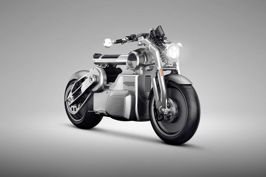 5af4d72e4aa963ed3cf49ff2 Curtiss Zeus Concept Front 34 Right 5000 p 1080 - Motocicletas eléctricas que todo biker debe comenzar a tener